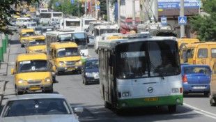 Самарским метро пользуется всего 1% горожан. Зато каждый второй горожанин выбирает автобус.